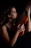 Het meisje van de schoonheid met viool Royalty-vrije Stock Foto's