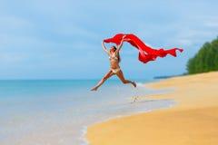 Het meisje van de sprong Stock Foto's