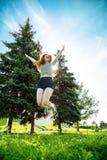 Het meisje van de sprong Royalty-vrije Stock Afbeeldingen