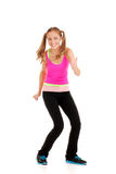 Het meisje van de tiener met de roze hoogste geschiktheid van trainingzumba Stock Foto