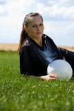 Het meisje van de voetbal Stock Foto's
