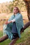 Het meisje van de zitting royalty-vrije stock foto's