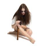 Het meisje van de zombie met bijl Royalty-vrije Stock Afbeeldingen