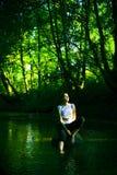 Het meisje van de zonsondergang Royalty-vrije Stock Afbeeldingen