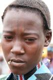 Het meisje van Hamer met een toothstick en een tatoegering, Ethiopië Royalty-vrije Stock Foto's
