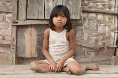 Het meisje van het portret van Laos in armoede Stock Foto