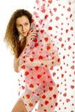 Het meisje van Nice achter liefdegordijnen Royalty-vrije Stock Afbeelding