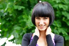 Het meisje van Nice bij aard Royalty-vrije Stock Foto's