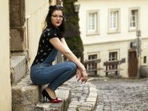Het meisje van Nice het stellen Stock Fotografie