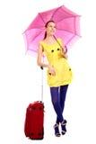 Het meisje van Yung met Rode koffer stock afbeelding