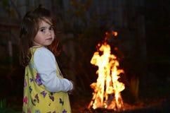 Het meisje viert Vertraging Ba'Omer Jewish Holiday stock foto
