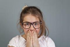 Het meisje is woried Stock Foto