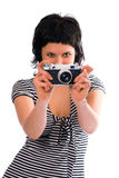 Het meisjesfotograaf van de schoonheid in het vest van de zeeman met fotocamera Stock Foto's