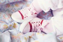 Het meisjesschoenen van de baby. Royalty-vrije Stock Afbeelding
