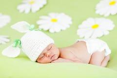 Het meisjesslaap van de baby Royalty-vrije Stock Afbeeldingen