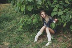 Het meisje van de blonde Stock Foto