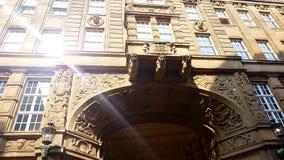 Het mengen van de Historische Bouw in Dortmund met Lichte bezinning stock fotografie