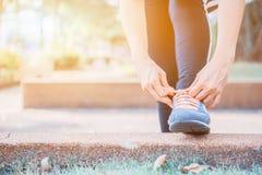 Het mening-lichaam verbeteringen Mensen klaar beginnen op dieet te zijn stock afbeelding