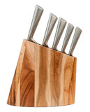 Het mes van de keuken dat in een houten blok wordt geplaatst Royalty-vrije Stock Afbeeldingen