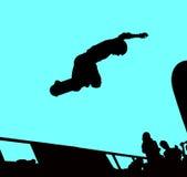 Het met een skateboard rijden van silhouet Stock Afbeeldingen