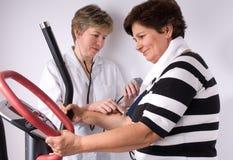 Het meten van bloeddruk Stock Foto