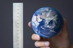 Het meten van de aarde Royalty-vrije Stock Afbeelding