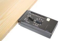 Het meten van de vochtigheidsinhoud van hout Stock Fotografie