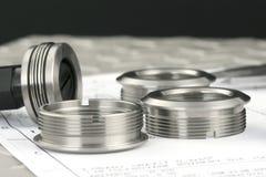 Het meten van metaalcomponenten Royalty-vrije Stock Fotografie