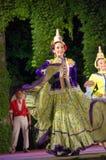 Het Mexicaanse vrouwelijke dansen royalty-vrije stock fotografie