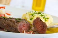 Het middel van het lapje vlees, groente, salade Stock Afbeeldingen