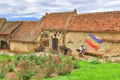 Het middeleeuwse dorp Transsylvanië Roemenië van de Rasnovcitadel Stock Foto