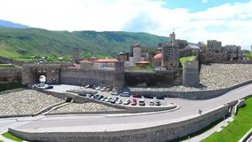 Het middeleeuwse kasteel van het Jakelikasteel complex in Akhaltsikhe, Rabati-Kasteel, Georgië Lomisakasteel stock video