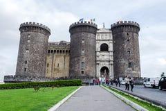 Het middeleeuwse kasteel van Maschio Angioino of Castel Nuovo New Castle, Napels, Italië stock afbeelding