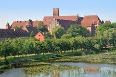 Het middeleeuwse kasteel van rode baksteen Royalty-vrije Stock Fotografie