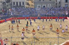 Het middeleeuwse weer invoeren van voetbal Stock Afbeelding