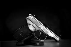Het militaire pistool van het waepongevecht in zwart-wit Royalty-vrije Stock Fotografie
