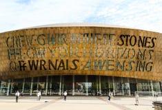 Het Millenniumcentrum van Wales bij de Baai van Cardiff - Wales, het Verenigd Koninkrijk Stock Afbeeldingen