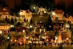 Het miniatuur Dorp van Kerstmis Stock Afbeeldingen