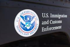 Het Ministerie van Verenigde Staten van het embleem van de Geboortelandveiligheid stock afbeeldingen