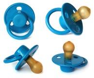 Het model van de vastgestelde Blauwe baby dat op wit wordt geïsoleerd Royalty-vrije Stock Fotografie