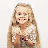 Het model van het kindmeisje portret in manierstijl Stock Foto