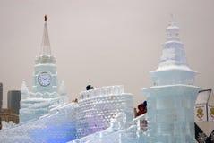Het model van Moskou het Kremlin van ijs wordt gemaakt dat royalty-vrije stock fotografie
