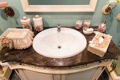 Het moderne binnenland van de huisbadkamers Stock Fotografie