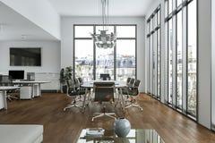 Het moderne binnenlandse ontwerp van de conferentieruimte het 3d teruggeven Royalty-vrije Stock Foto's