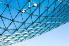 Het moderne dak van het architectuurglas stock afbeelding
