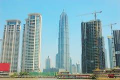Het moderne gebouw Stock Afbeeldingen