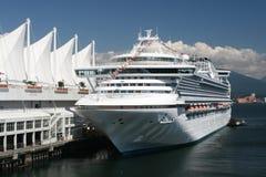 Het moderne Schip van de Cruise Royalty-vrije Stock Afbeelding