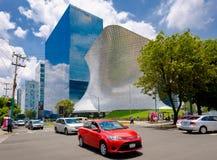 Het moderne Soumaya-museum van kunst in Mexico-City stock foto
