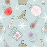 Het modieuze naadloze patroon met een mooi parfum, mascara, sleutels, poederdonsje, bloost Schoonheidsmiddelen en manierachtergro royalty-vrije illustratie