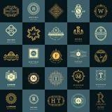 Het monogram van de lijngrafiek De uitstekende Geplaatste Malplaatjes van het Emblemenontwerp Het embleem van de bedrijfstekenbri Stock Fotografie